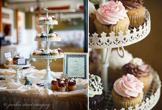 queen city cupcakes vintage theme wedding display