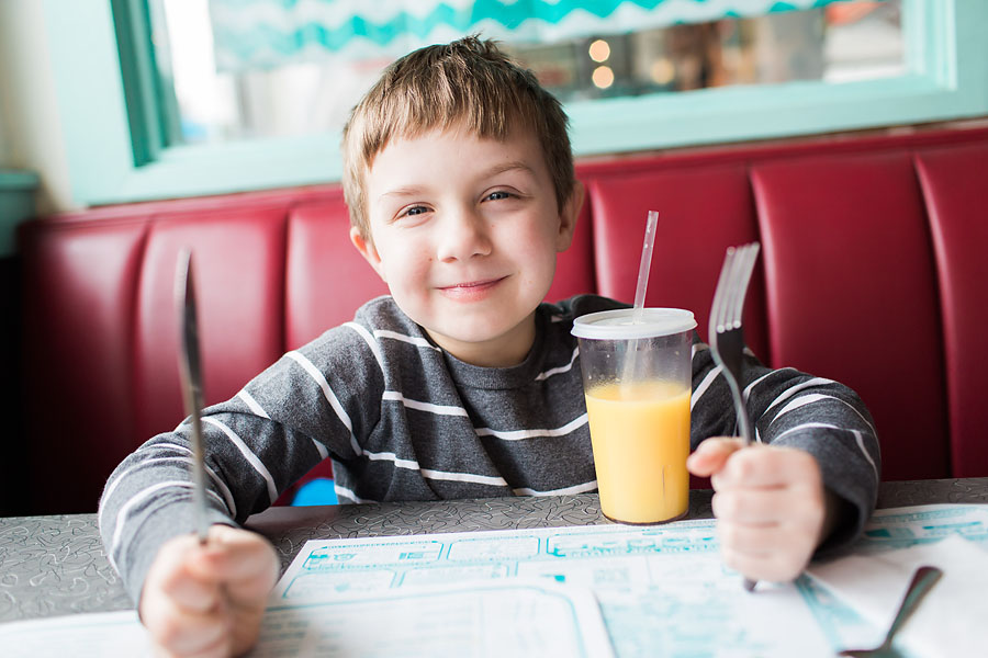 parker at airport diner