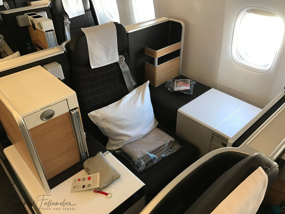 Swiss Air Business Class seat 777-300 YUL-ZRH
